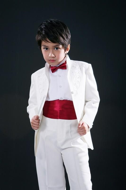 6f28405a4e06 Cheap Handsome Embroidery Boys Formal Occasion Tuxedos Boy Birthday ...