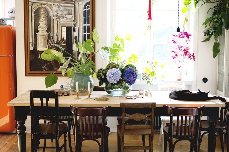 Matplats med vintage möbler