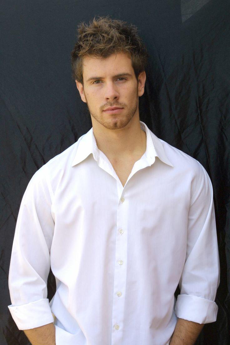 Álex Navarro actor y modelo