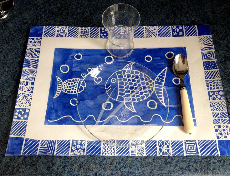 Faire un set de table (ou une carte) avec de l'encre et un effaceur