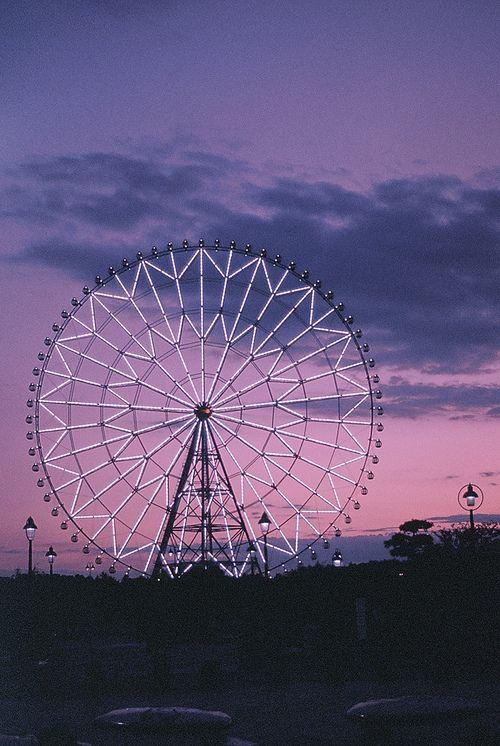 ferris wheel, purple, and sky image