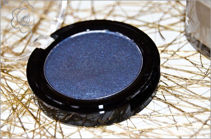 Fard à paupières Mille et une Nuits nacré #Avril #fard #paupiere #yeux #bleu #nuit #marine #darkblue #blue #pascher #maquillage #makeup #eye