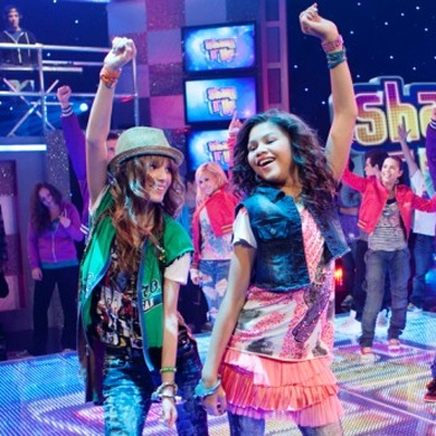Shake It Up. My heart just dropped. I just heard that Shake It Up will being ending soon. I love this show, why is it ending? :(
