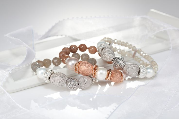 #Bracelet #Darlring Jewelery #Copper Bracelet #Glass beads
