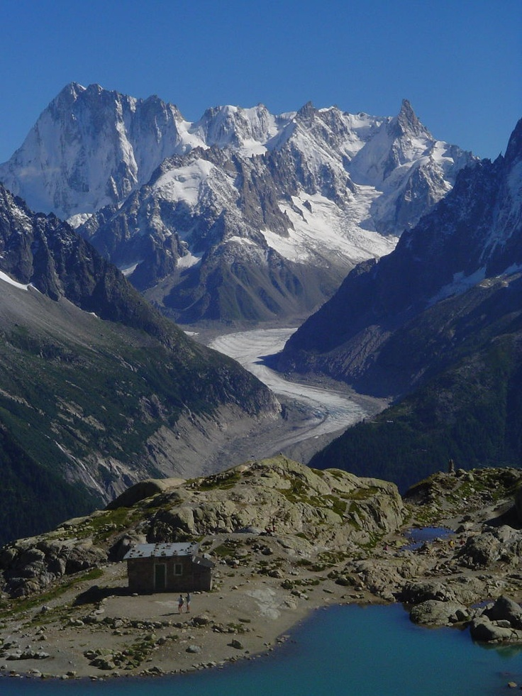 Hut in front of Lac Blanc & Mer de Glace, Chamonix, France