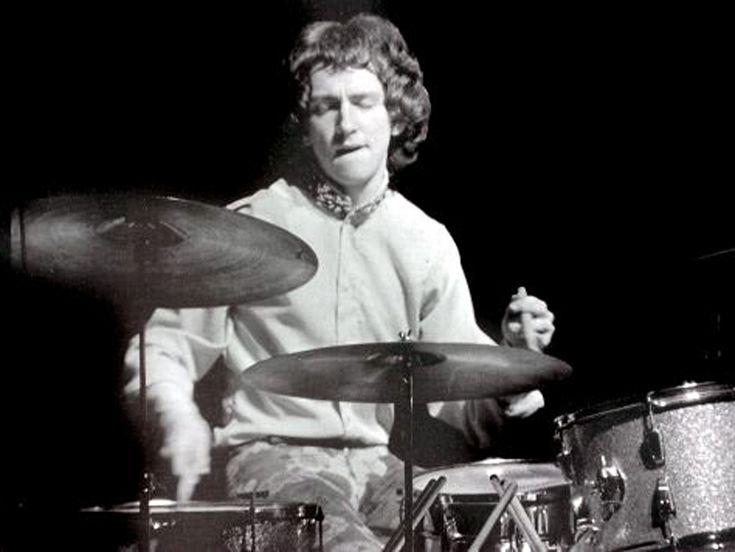 Jimi Hendrix Experience drummer Mitch Mitchell dies   MusicRadar