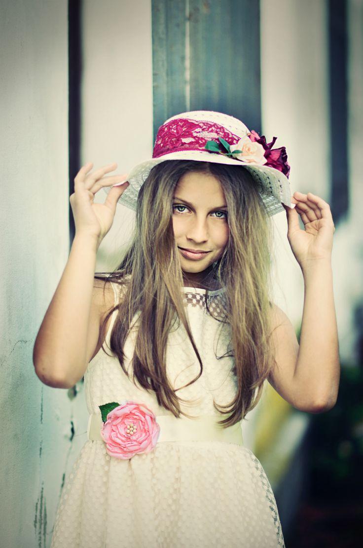 Laura - Mirau girl