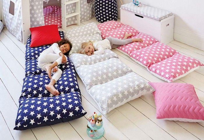 DIY colchón con almohadas (7)