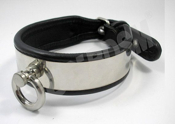 This sub leather collar not only create a pleasing and attractive look on your partner, but it has a O-ring in case you want to attach a collar or other