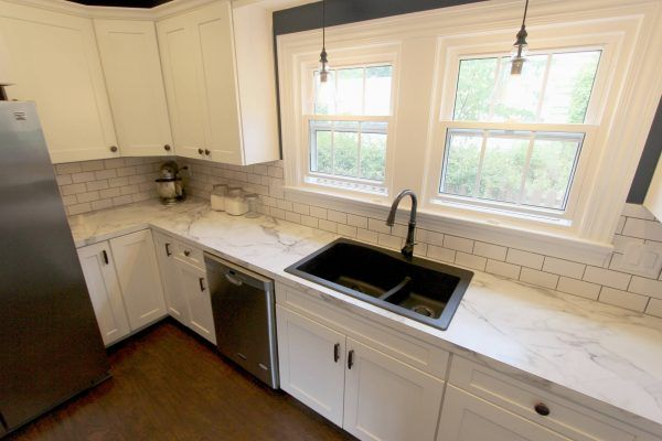 17 Best Antique White Cabinets Combinations For Most Fascinating Looks In Your Kitchen Interior Laminate Countertops