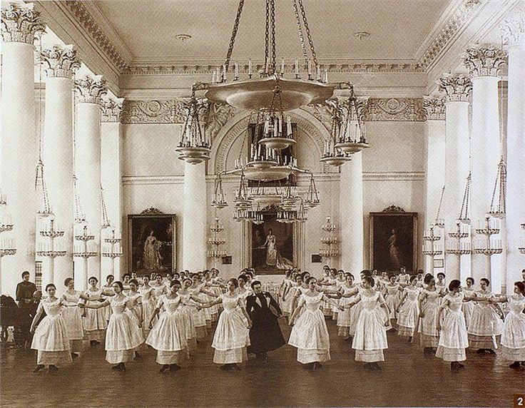 Dance class in the Smolny Institute for Noble Maidens.  Russian Empire, Saint-Petersburg. 1901//