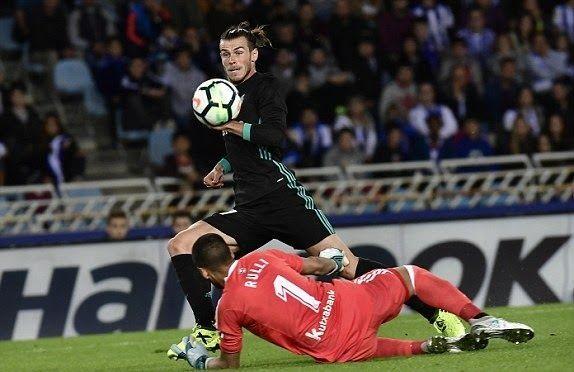 Banh 88 Trang Tổng Hợp Nhận Định & Soi Kèo Nhà Cái - Banh88.infoTin Tuc Bong Da -  (Kenhthethao) - Sau chuỗi trận thất vọng và chịu nhiều chỉ trích cuối cùng Gareth Bale cũng tỏa sáng với một bàn thắng đúng với thương hiệu của anh trong trận gặp Real Sociedad thuộc vòng 4 La Liga.  Trên sân Anoeta của đối thủ đang có phong độ cao Real Sociedad Gareth Bale đã tỏa sáng với một bàn thắng hội tụ đầy đủ những phẩm chất tốt nhất của anh một pha bứt tốc cực nhanh trong quãng đường gần 75m với vận…