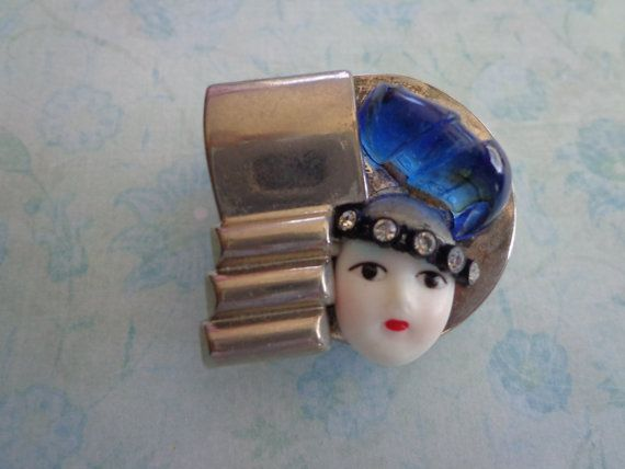 Vintage Brooch by PipersEmporium on Etsy, $12.00
