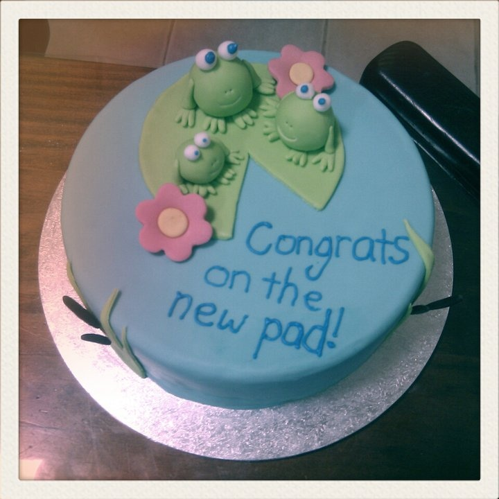 Cake Decorating Ideas For Housewarming : Rise to the Occasion: House Warming Cake Cake ideas ...