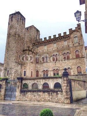 Piazza Sant'Agostino, Ascoli Piceno, medieval palace