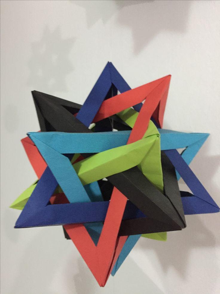 5 tetrahedros intersectados/ five intersecting tetrahedron