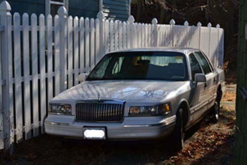 1997 Lincoln Town Car - Boston, MA #7327621974 Oncedriven