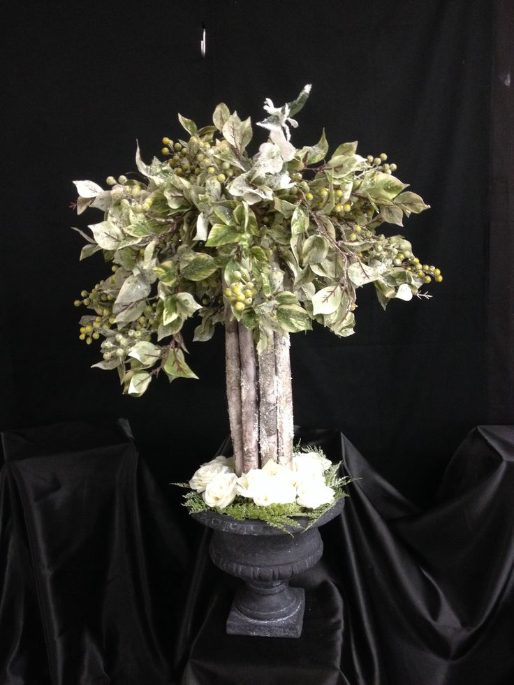 Christmas floral design with birch branches christmas for Floral arrangements with branches