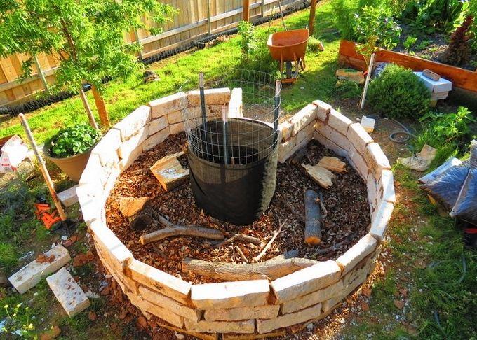 Diy Made Keyhole Garden Design Ideas Landscaping And 640 x 480