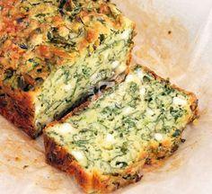 Αυτό το κέικ δίνει ατόφια τη γεύση της κλασικής σπανακόπιτας με ελάχιστο κόπο και χωρίς να διεκδικεί το ταλέντο της νοικοκυράς στα μυστικά του πλάστη. italianchips Υλικά 250γρ. αλεύρι για όλες τις χρήσεις 2 κουτ. γλυκού μπέικιν πάουντερ 4 αβγά 1 κεσεδάκι γιαούρτι στραγγιστό ¾ φλιτζανιού ελαιόλαδο 350γρ. σπανάκι πλυμένο και σε κομμάτια …