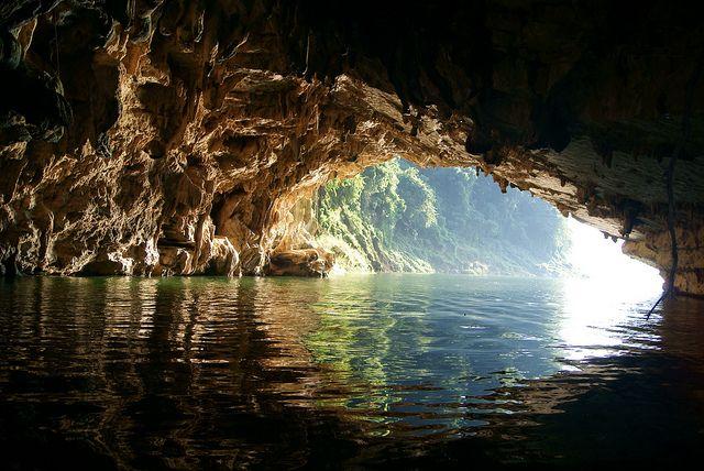 La Cueva del Burro ( Cañon de La Venta, Chiapas. Mexico ) by Jorge De Silva2010