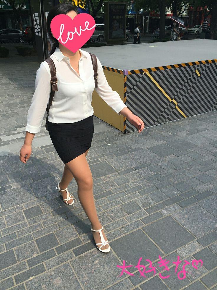 Very grateful shortskirts and pantyhose