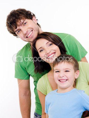 счастливые лица молодой семьи — Стоковое изображение #1547621