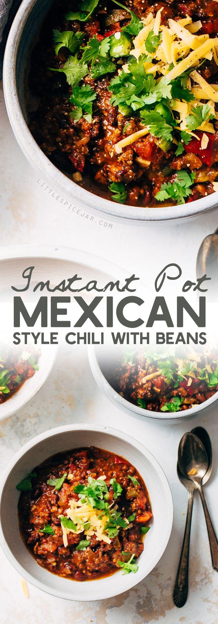 Spicy Instant Pot Receta de chile mexicano con frijoles negros: un chile casero que sabe lento a fuego lento pero tarda 40 minutos en hacerse de principio a fin. #instantpot #instantpotchili #mexicanchili #chilirecipe | Littlespicejar.com