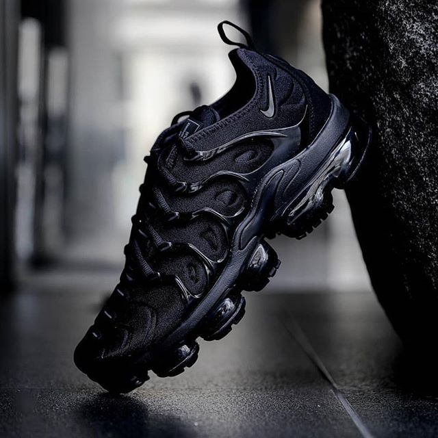 Vapormax plus Made in Vietnam Brojevi od 36 do 41 Cena :10