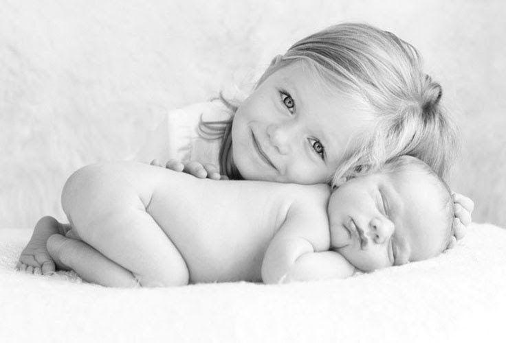 Fotos: Interação com irmão mais velho deixa álbum do bebê ainda mais fofo - - UOL Estilo de vida