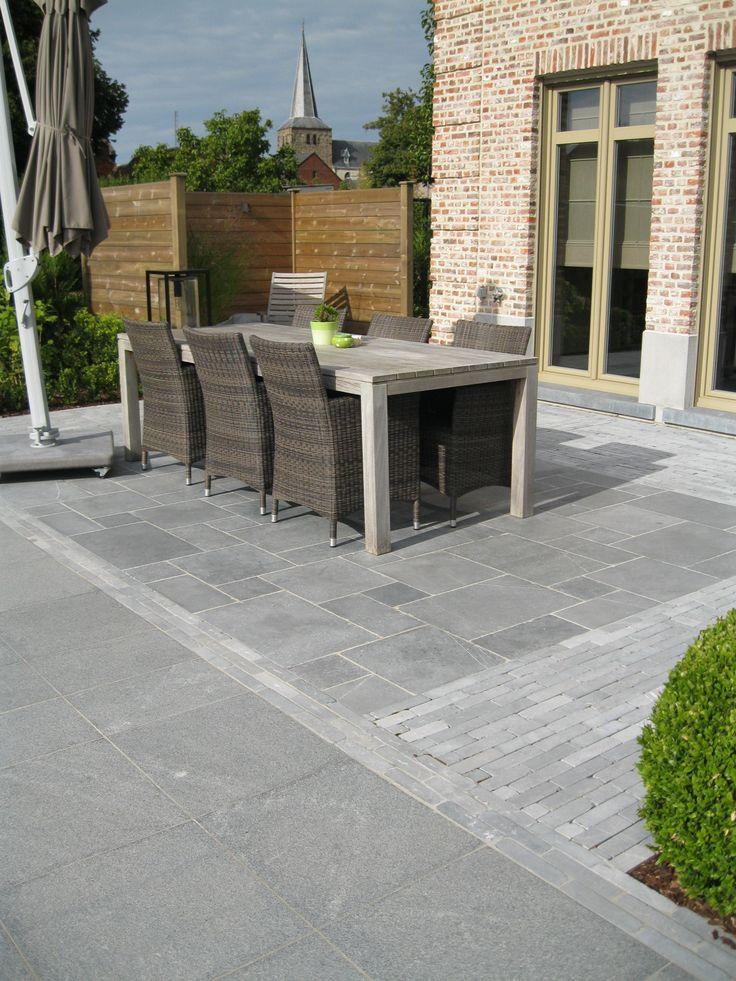 Landelijk terras romaans verband vi tnamese blauwe steen terrace pinterest for Terras modern huis