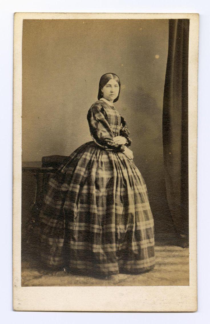 Carte-de-visite depicting lady in tartan dress, by H. Gordon, Aberdeen