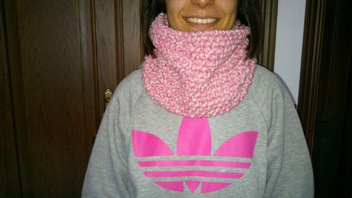 Cuello en punto de arroz tejido en telar por Lorena G.
