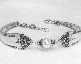 Customizable Spoon Bracelet Peridot Crystals Spoon Jewelry