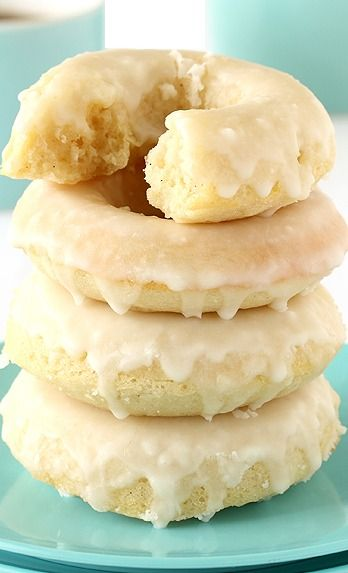 Baked Vanilla Bean Doughnuts <3