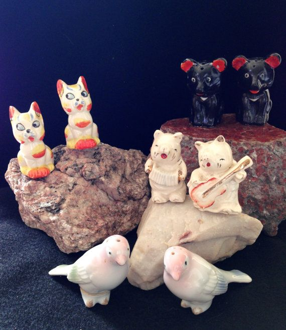 Vintage 4 Sets of Japanese Animal Shakers by CoCoBlueTreasures
