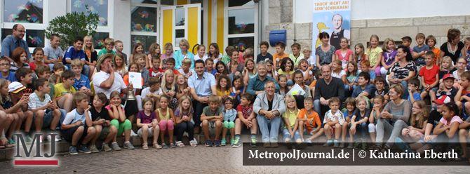 (WÜ) Zwölffacher Schwimmweltmeister Thomas Lurz bei einem Besuch in der Grundschule Kirchheim - http://metropoljournal.de/wuerzburg-zwoelffacher-schwimmweltmeister-thomas-lurz-bei-einem-besuch-in-der-grundschule-kirchheim/