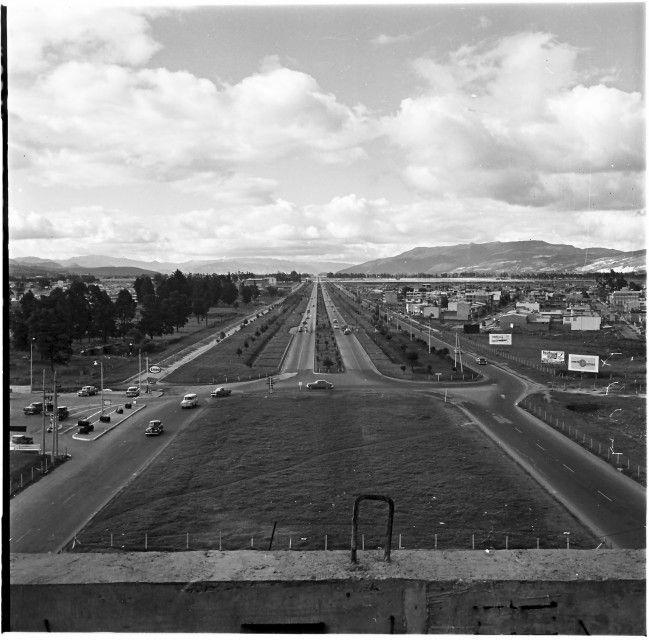 Monumento de los Héroes / Manuel H / 1959 / Colección Museo de Bogotá: MdB 11737 / Todos los derechos reservados