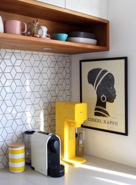 Impermo, goedkope tegels, mozaïek, wandtegels, keukentegels, moderne keuken, nespresso automaat, retro-servies