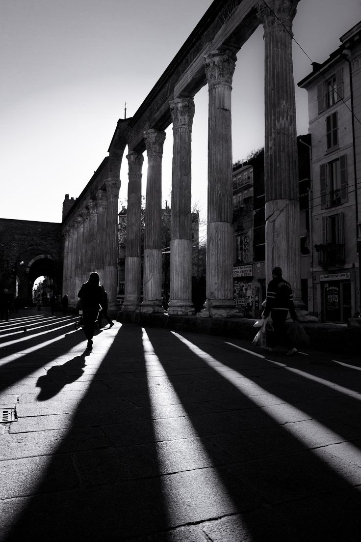 San Lorenzo, Long shadows in Milano by Alessandro Donati on 500px