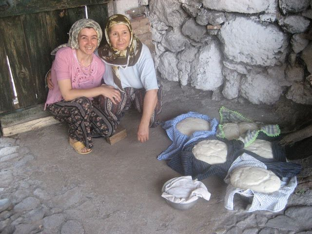 A Seasonal Cook in Turkey: Bread - its place on the Turkish table and the wonders of the 'firın'