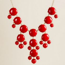 so in love with red and this chunky necklace