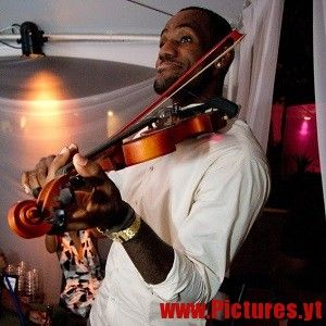 LeBron James Pictures and Biography - Celebrities