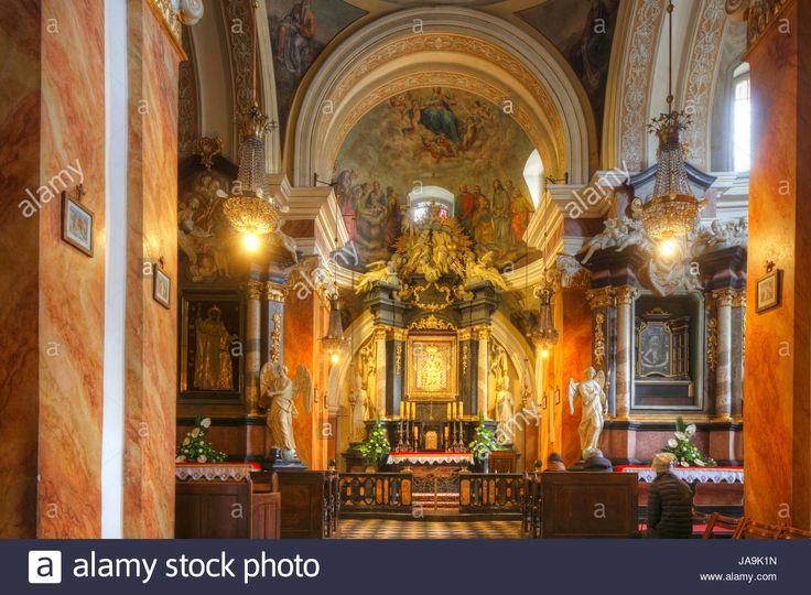 Dieses Stockfoto: Franciscan Church , Stare Miasto old town, Krakow, Lesser Poland, Poland, Europe - JA9K1N aus der Alamy-Bibliothek mit Millionen von Stockfotos, Illustrationen und Vektorgrafiken in hoher Auflösung herunterladen.