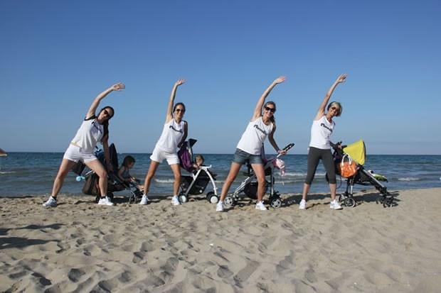 Mamma Fit Village 2012, ginnastica per le neo mamme con i bimbi a Riccione dal 17 al 24 giugno 2012.