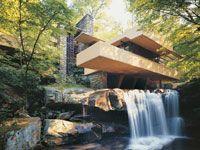 Фрэнк Ллойд Райт (Frank Lloyd Wright): Fallingwater (Edgar J. Kaufmann Sr. Residence), Bear Run, Pennsylvania («Дом у водопада» Эдгара Дж. Кауфманна, Милл-Ран, Пенсильвания),  1935—1938