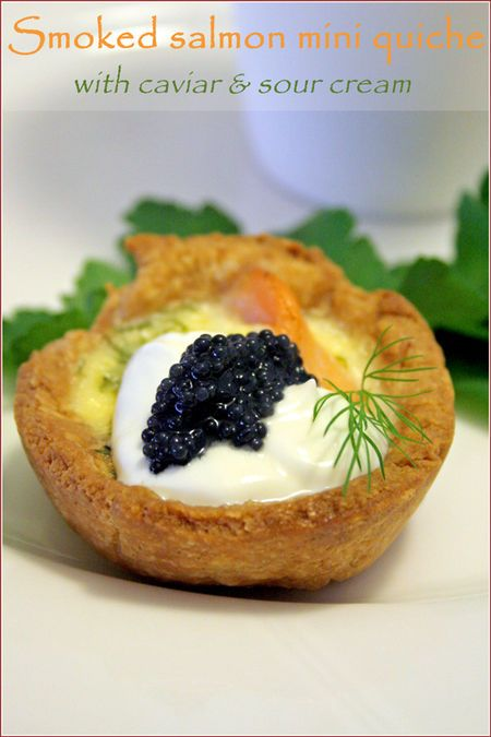 Canapés: Smoked salmon & dill mini quiches with sour cream & caviar #recipe #Christmas