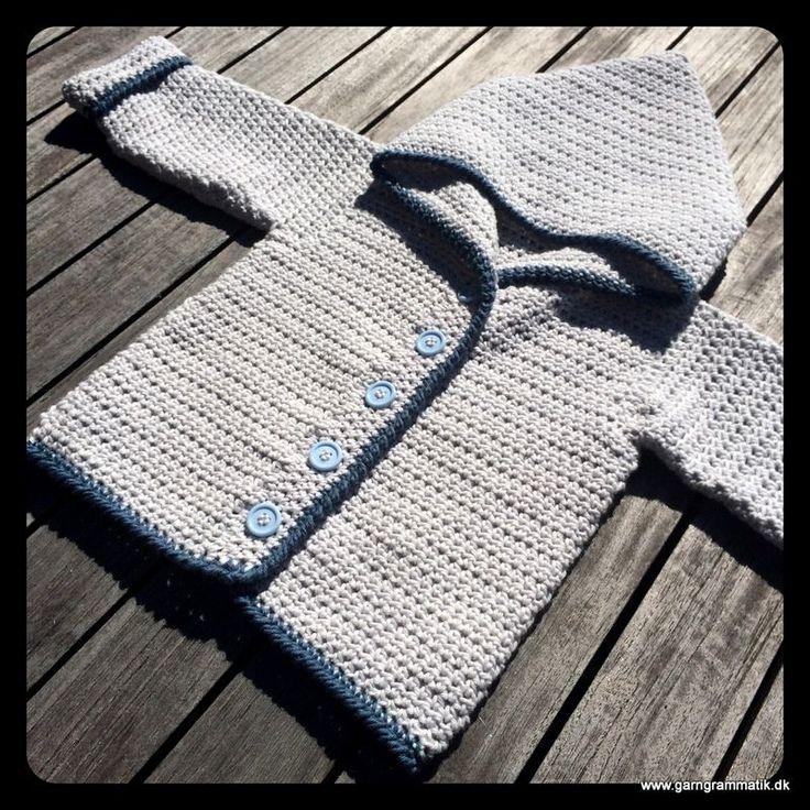 Hæklet baby hættetrøje med knapper - Garn Grammatik