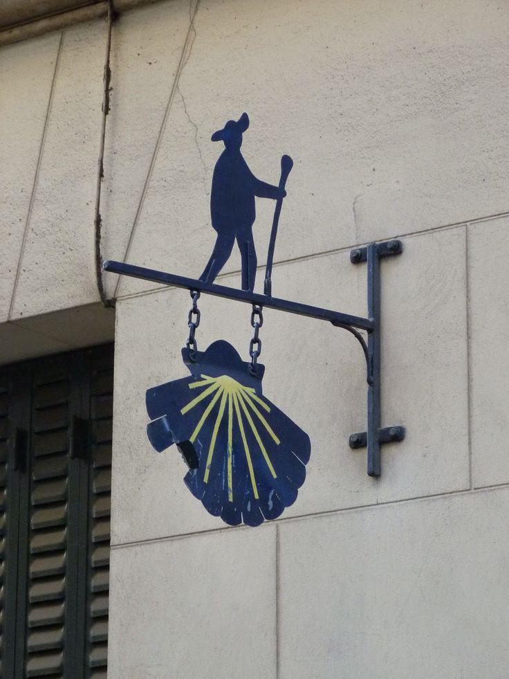 La Fédération Française des Associations des Chemins de Compostelle à son siège au 26, rue de Sévigné.