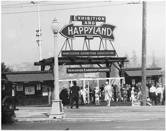 The Renfrew Street entrance to the PNE, then called Happyland and the Vancouver Exhibition Grounds, in 1929.
